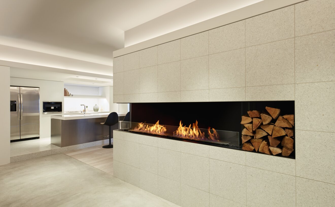 Flex 60LC.BXR Flex Fireplace - Studio Image by EcoSmart Fire