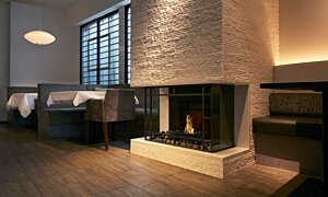 Grate 18 Built-In Fireplace - In-Situ Image by EcoSmart Fire