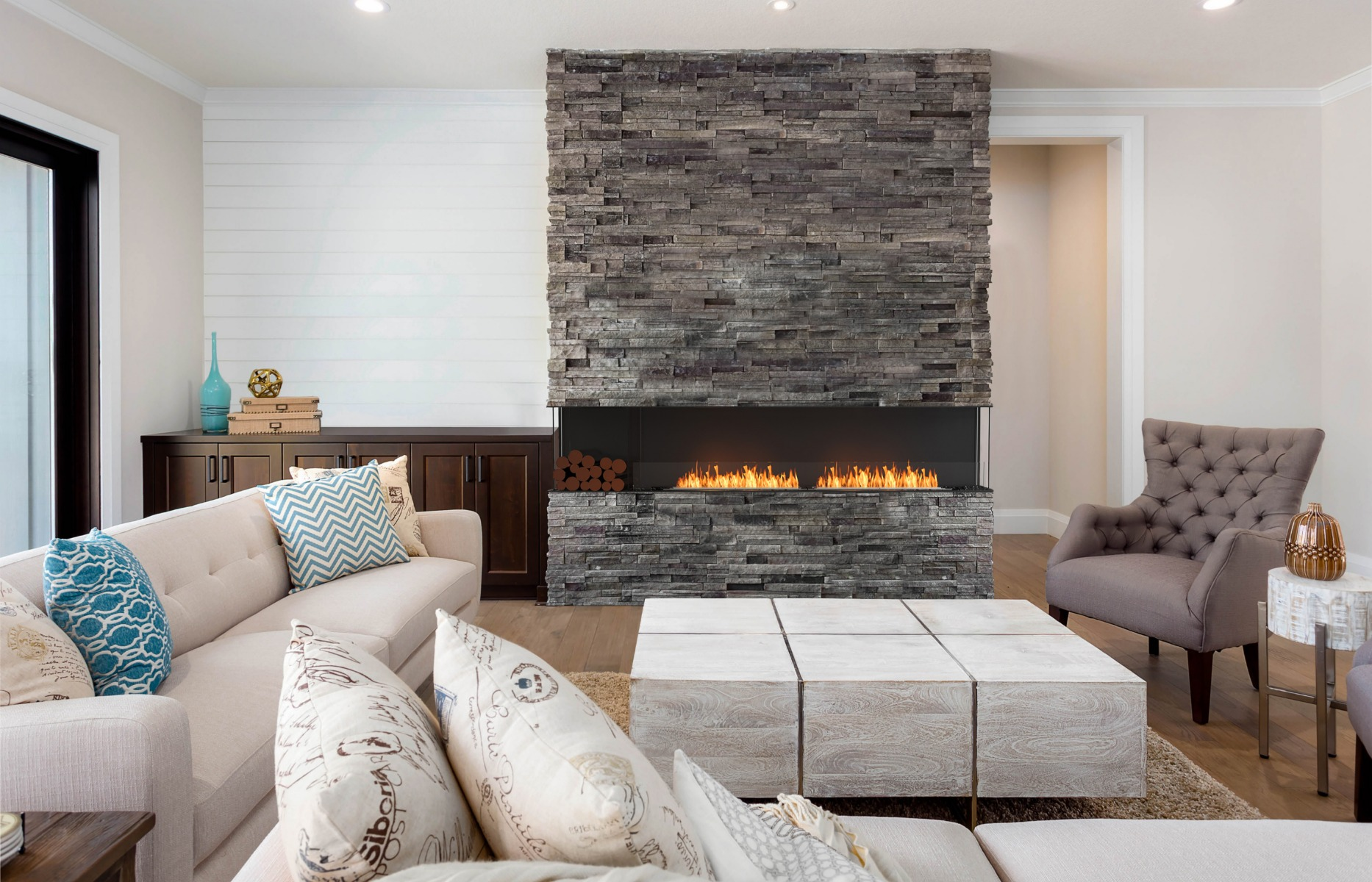 EcoSmart Fire Flex 104 Bay Fireplace Insert